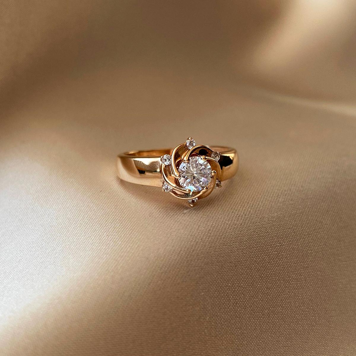 Кольцо из красного золота Вилена с фианитами 000103730 15.5 размера от Zlato - 4