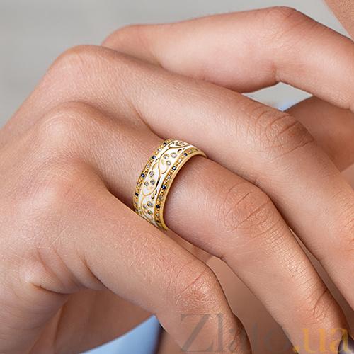 33476c5894a9 ... Золотое обручальное кольцо Рожденные для счастья с эмалью, сапфирами и  бриллиантами (женское) PRT